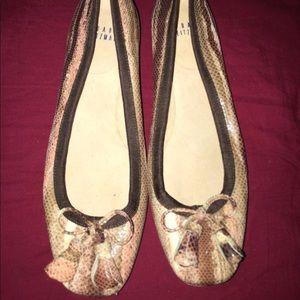 EUC Vintage Stuart Weitzman loafers Flats 5.5